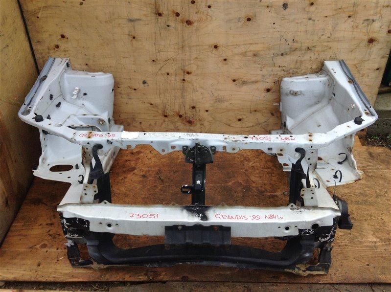Рамка радиатора Mitsubishi Chariot Grandis N84W 1999 73051 (б/у)