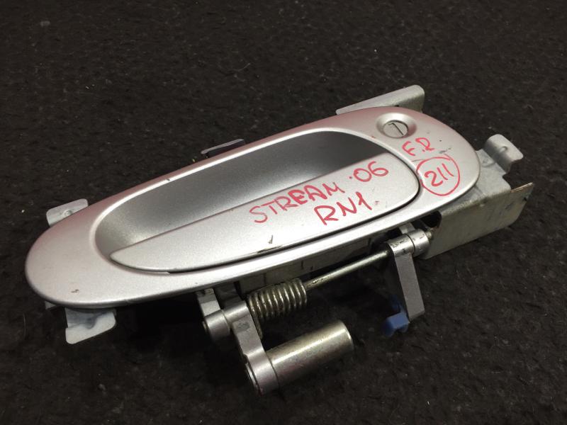 Ручка двери Honda Stream RN1 D17A 2006 передняя правая (б/у)