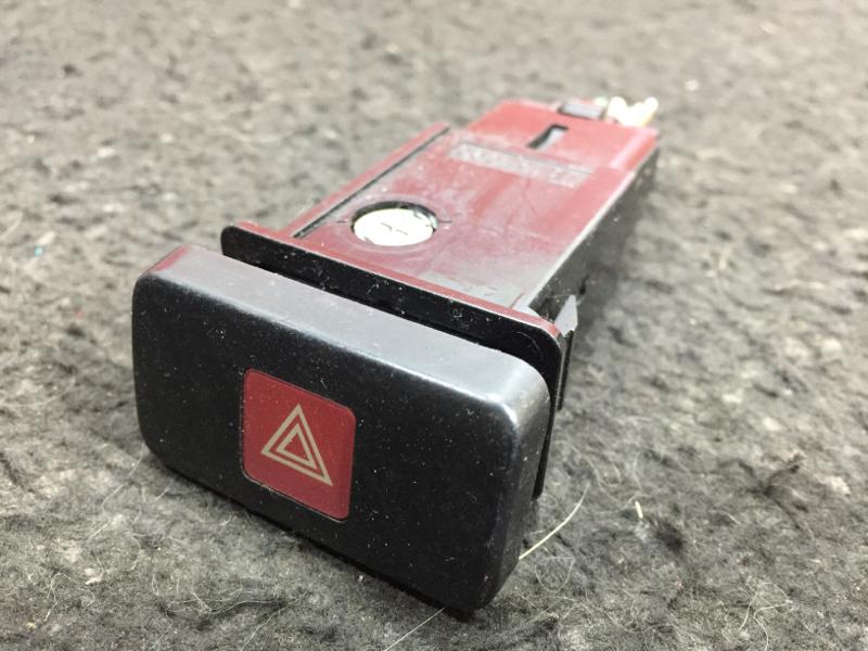 Кнопка включения аварийной сигнализации Toyota Lite Ace Noah SR40 3S 1997 (б/у)
