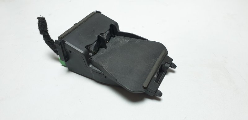 Датчик Mazda Cx-5 KE2AW SH 2014 KD4567XD0 Датчик экстренного торможения. (б/у)