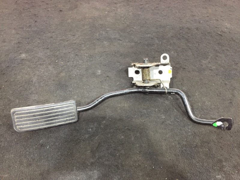 Педаль газа Honda Cr-V RD5 K20A 2004 МКПП (б/у)