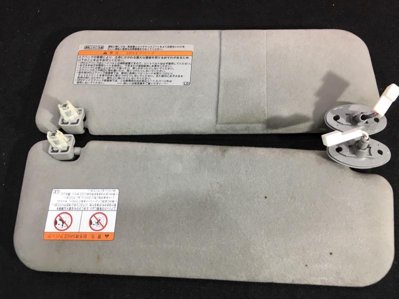 Козырек солнцезащитный Toyota Prius NHW20 1NZ-FXE 2005 Продаются парой. Цена за пару. (б/у)
