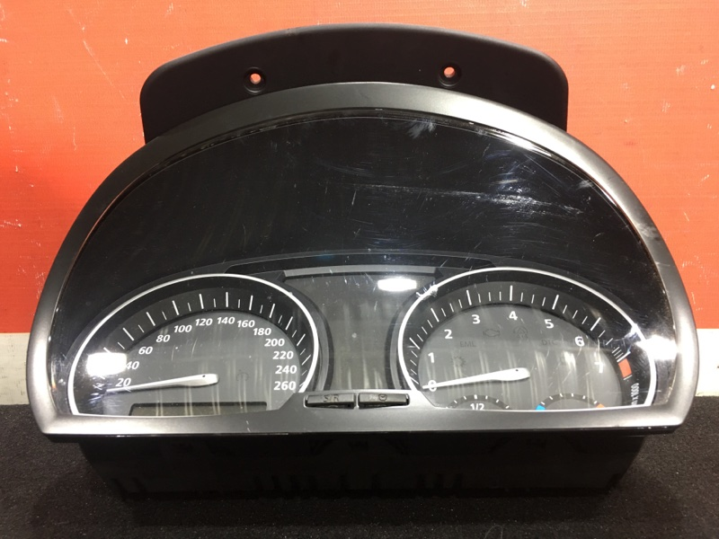 Панель приборов Bmw X3 E83 N52B25A 2008 Правый руль. (б/у)