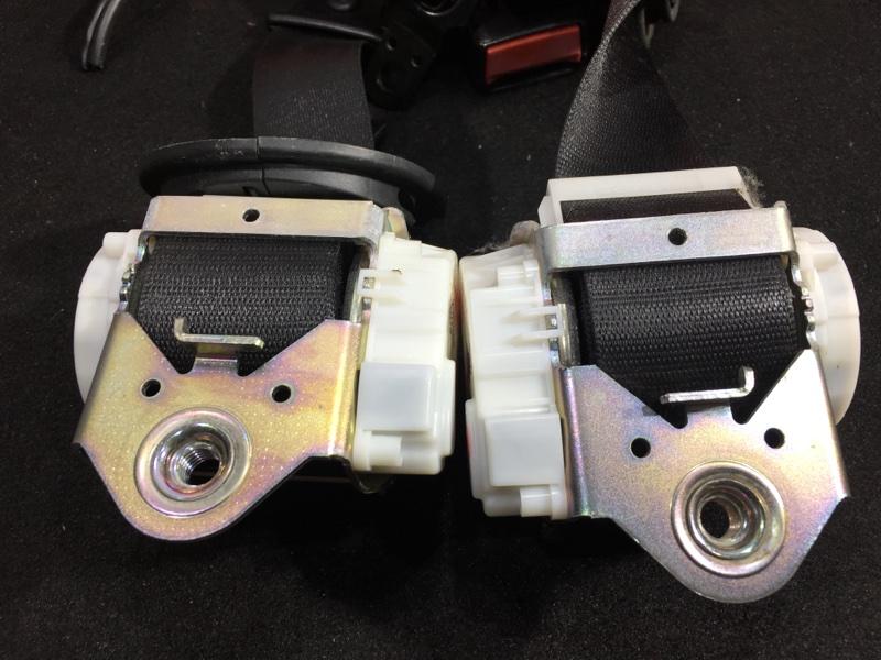 Ремень безопасности Bmw X3 E83 N52B25A 2008 передний Продаются парой, цена за пару. (б/у)