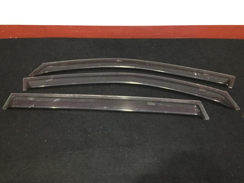 Комплект ветровиков Mazda Premacy CP8W FP 2004 Продаются комплектом как на фото. (б/у)