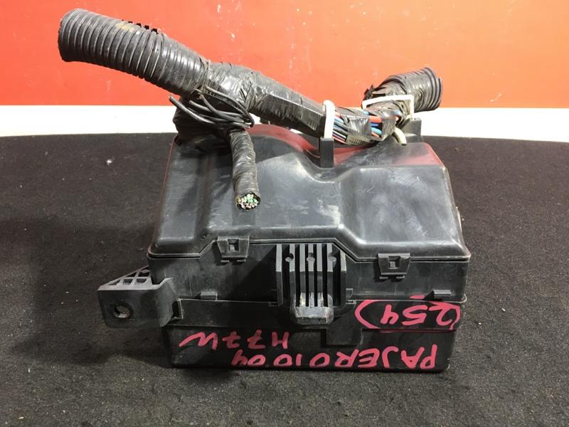 Блок предохранителей Mitsubishi Pajero Io H77W 4G94 2004 (б/у)