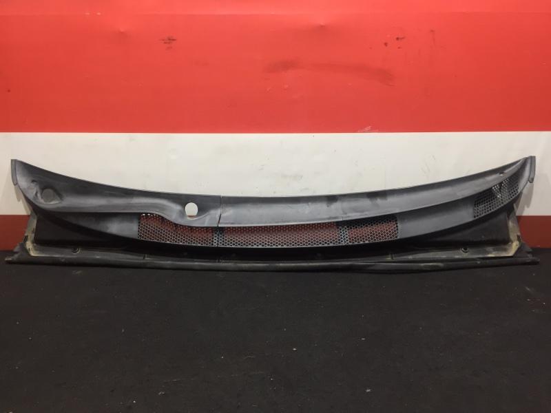 Решетка, жабо под дворники Toyota Vitz SCP10 1SZ 2000 (б/у)