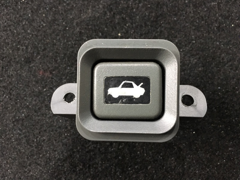 Кнопка открывания багажника Honda Cr-V RD1 B20B 1996 (б/у)