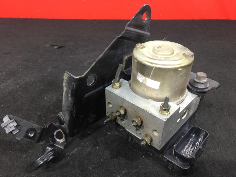 Блок abs Mazda Premacy CP8W FP 2004 C145437AZ (б/у)