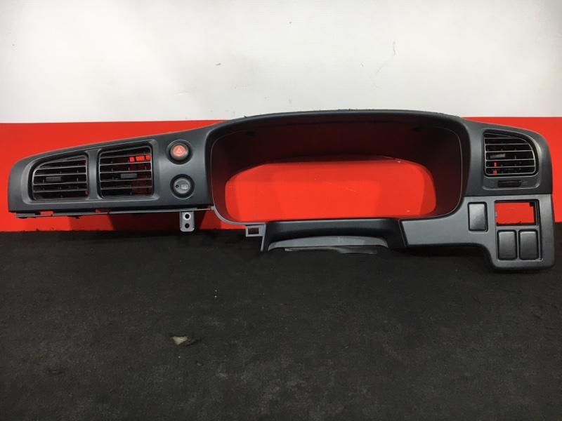 Консоль панели приборов Nissan Expert VW11 QG18 2005 Комплектность как на фото. (б/у)