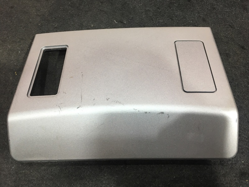 Накладка декоративная Bmw 7-Series E65 N62B44A 2004 7012196, 7036673 (б/у)