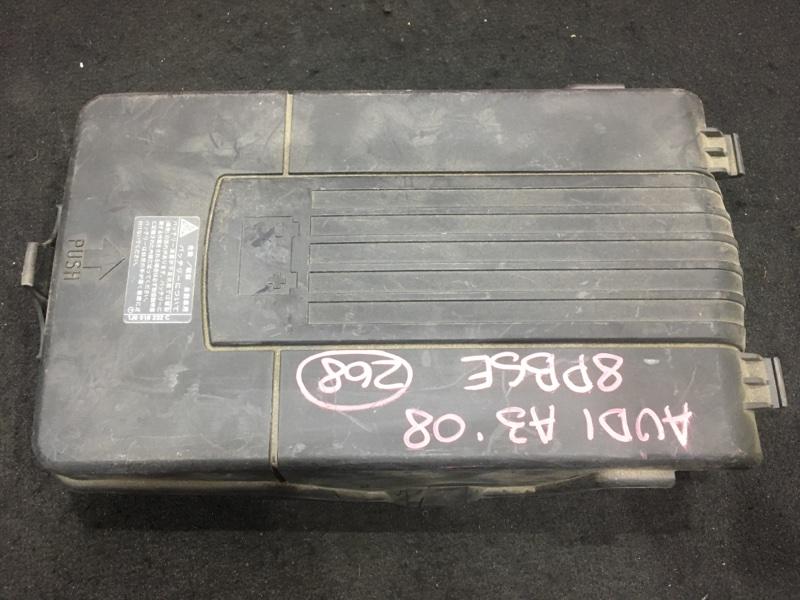 Крышка аккумулятора Audi A3 8P BSE 2008 (б/у)