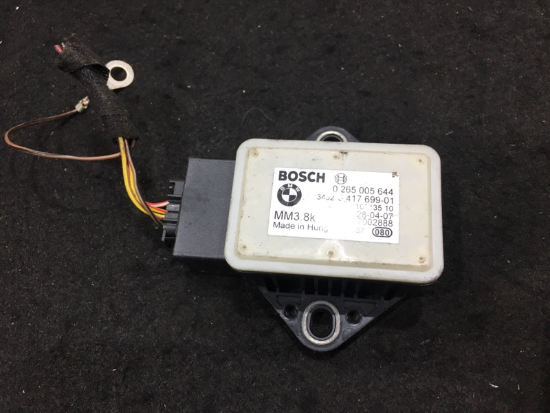 Датчик ускорения Bmw X3 E83 N52B25A 2008 34523417699 (б/у)