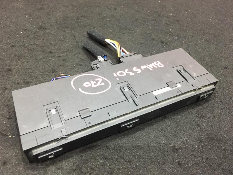 Кнопка включения обогрева Bmw 5-Series E60 M54B30 2004 6940223 Блок кнопок подогрева сидений.  (б/у)