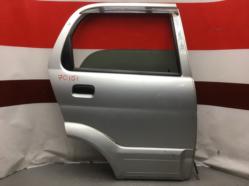 Дверь боковая Toyota Cami J100E HC 1999 задняя правая 70151 (+20.05.20) 7В.[T] (б/у)