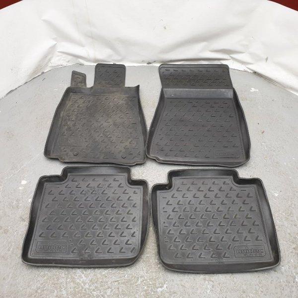 Коврик Lexus Gs300 GRS191 2GR 2006 Продаются комплектом как на фото. Резиновые. Левый руль. (б/у)