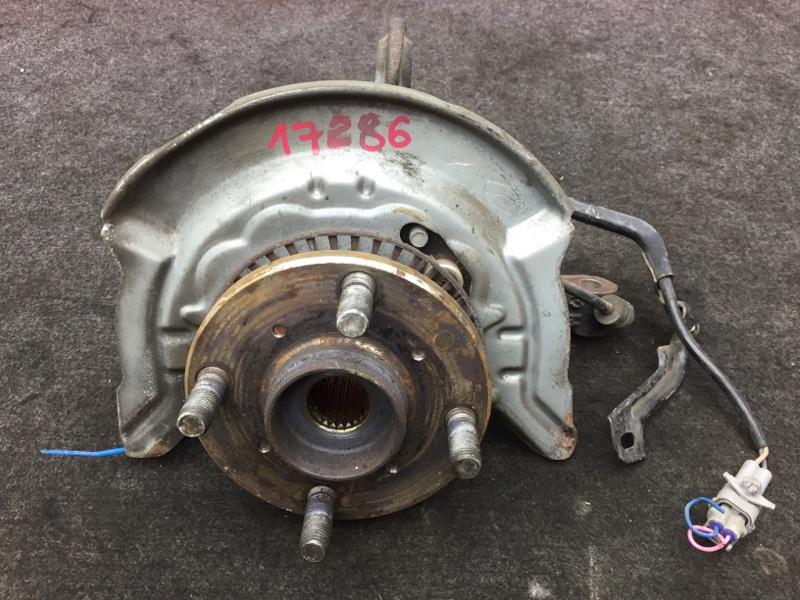 Ступица Toyota Duet M111A K3 2004 передняя правая Снят тормозной диск, суппорт. (б/у)