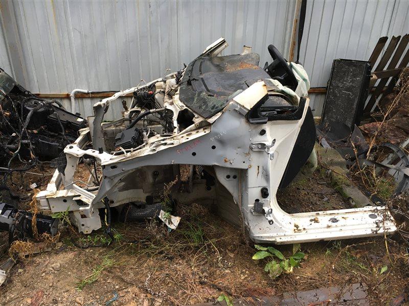 Передняя часть автомобиля Honda Stream RN1 501287 Без верхней планки телевизора. Цена (б/у)