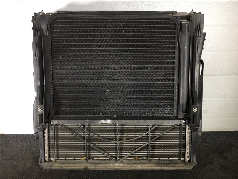 Радиатор гидроусилителя Bmw X5 E53 N62 2003 501601 Радиатор основной, радиатор (б/у)