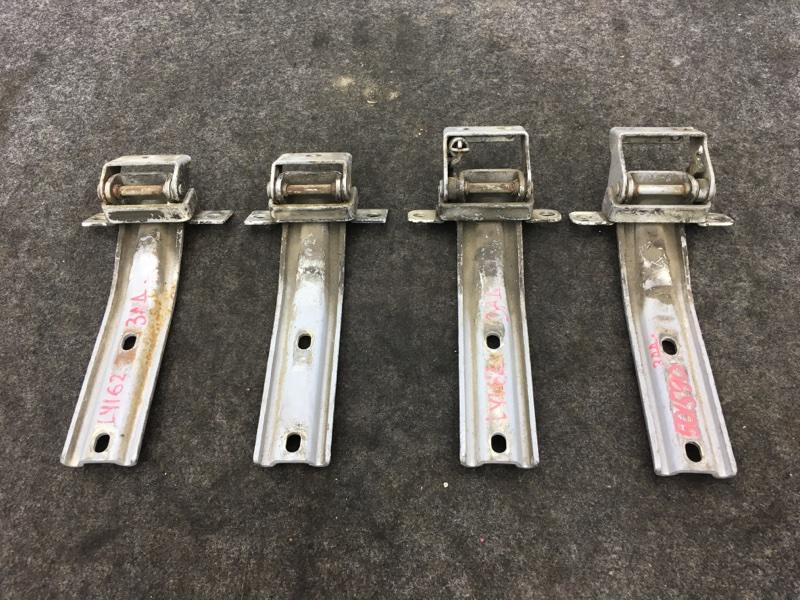 Крепление багажника Toyota Dyna LY162 5L 1999 501590 4 шт. (б/у)