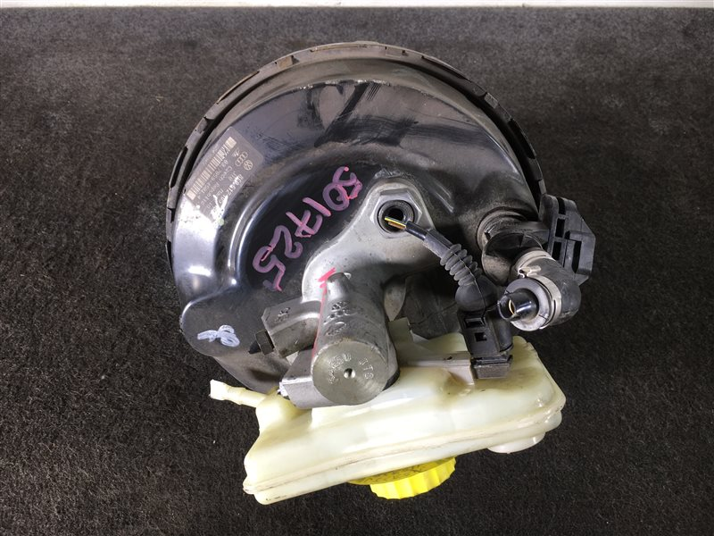 Цилиндр главный тормозной Audi A4 8EALTWA4 8EALT 2006 501725 ГТЦ + вакуумный усилитель (б/у)