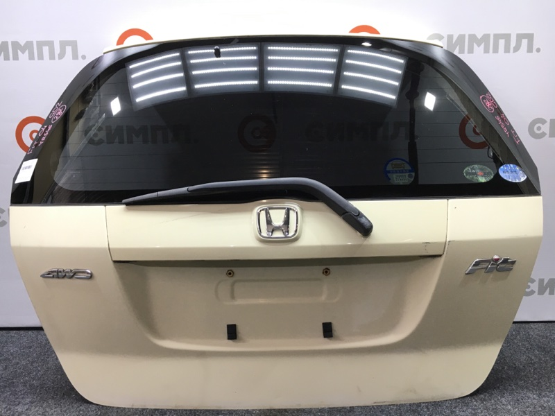 Дверь багажника Honda Fit GD1 L13A 2004 Цвет YR546. Снят дворник. (б/у)