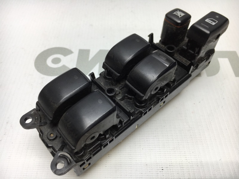 Блок управления стеклоподъемниками Toyota Premio ZZT240 1ZZ 2002 (б/у)