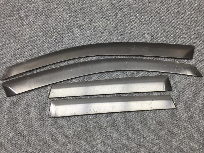 Комплект ветровиков Honda Fit GD2 L13A 2004 Сломано одно крепление (б/у)