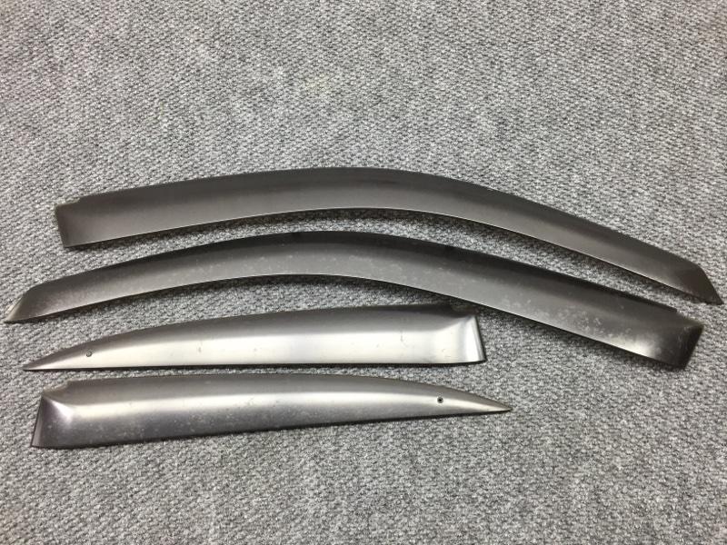 Комплект ветровиков Honda Civic ES9 LDA 2002 Продаются комплектом 4 шт. Сломано одно (б/у)