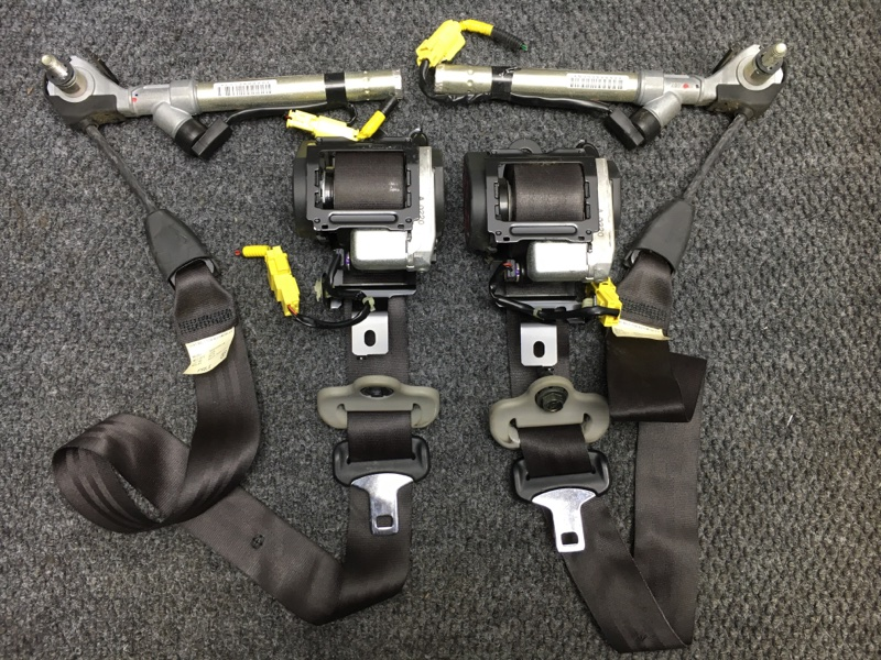 Ремень безопасности Honda Partner GJ3 L15A 2008 передний Продаются парой, цена указана за (б/у)