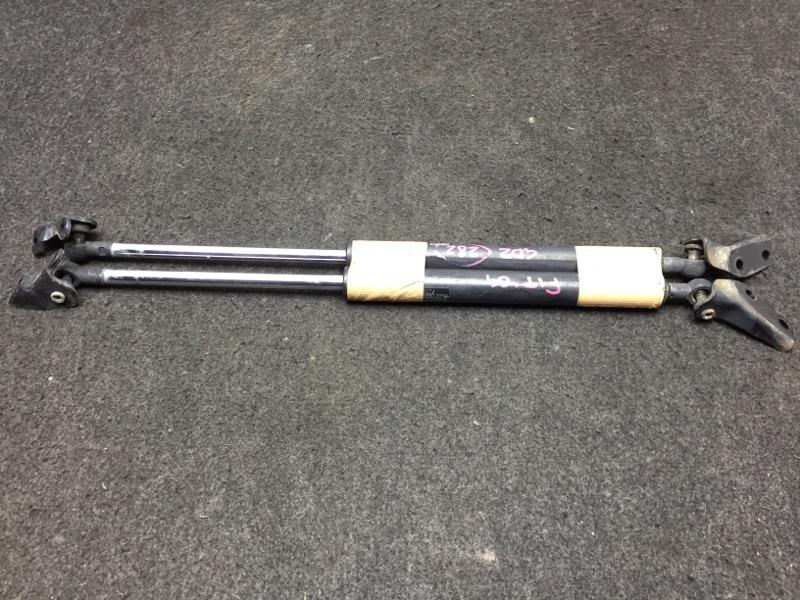 Амортизатор двери багажника Honda Fit GD2 L13A 2004 Продаются парой. Цена указана за (б/у)