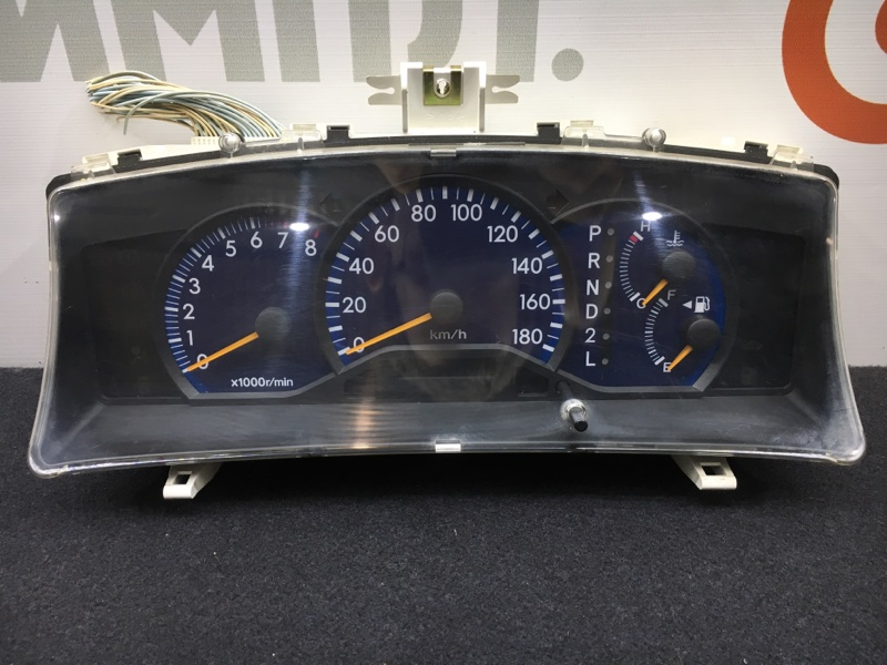 Панель приборов Toyota Corolla Fielder NZE124 1NZ 2002 (б/у)