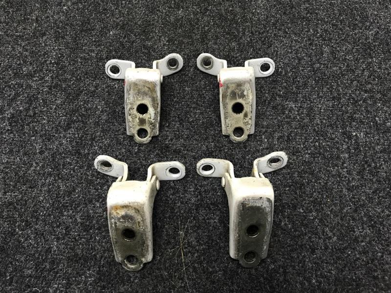 Крепление двери Honda Partner GJ3 L15A 2008 Комплект на передние двери (4 шт). (б/у)