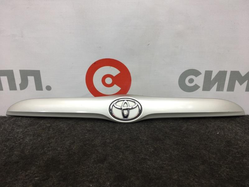 Накладка багажника Toyota Verossa GX110 1G 2001 Сломано крепление (см. фото). (б/у)