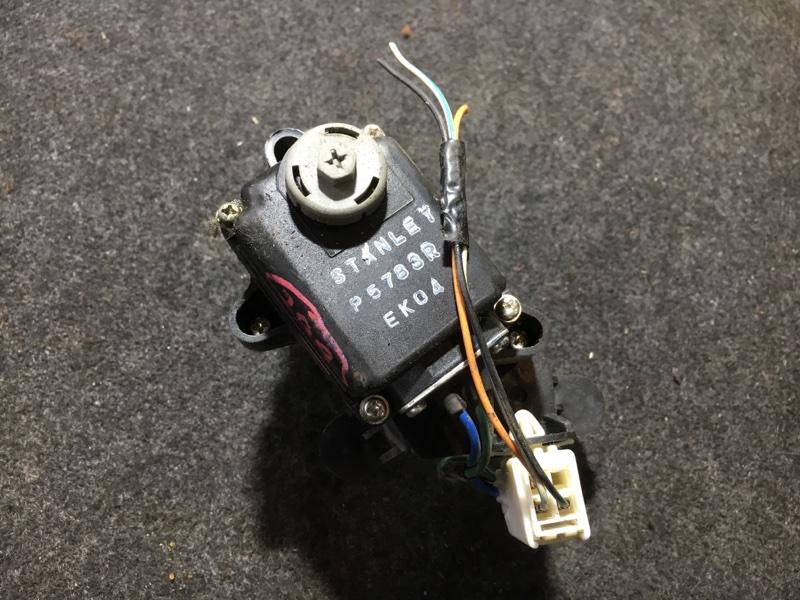 Корректор фар Nissan Vanette SKF2MN RF 2007 правый (б/у)