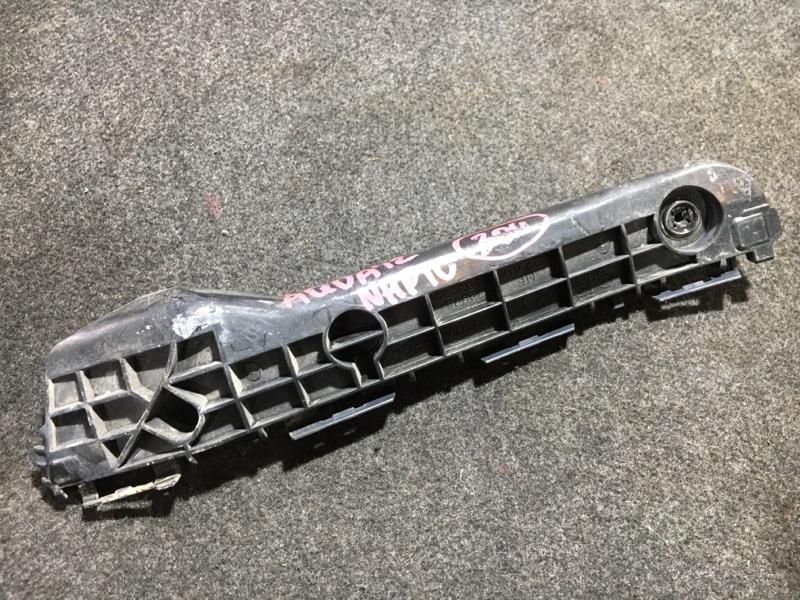 Крепление бампера Toyota Aqua NHP10 1NZ-FXE 2012 заднее правое (б/у)
