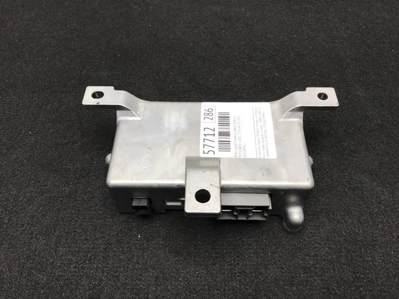 Блок управления рулевой рейкой Mitsubishi Colt Z25A 4G19 2003 8633A041 49 ящик (б/у)