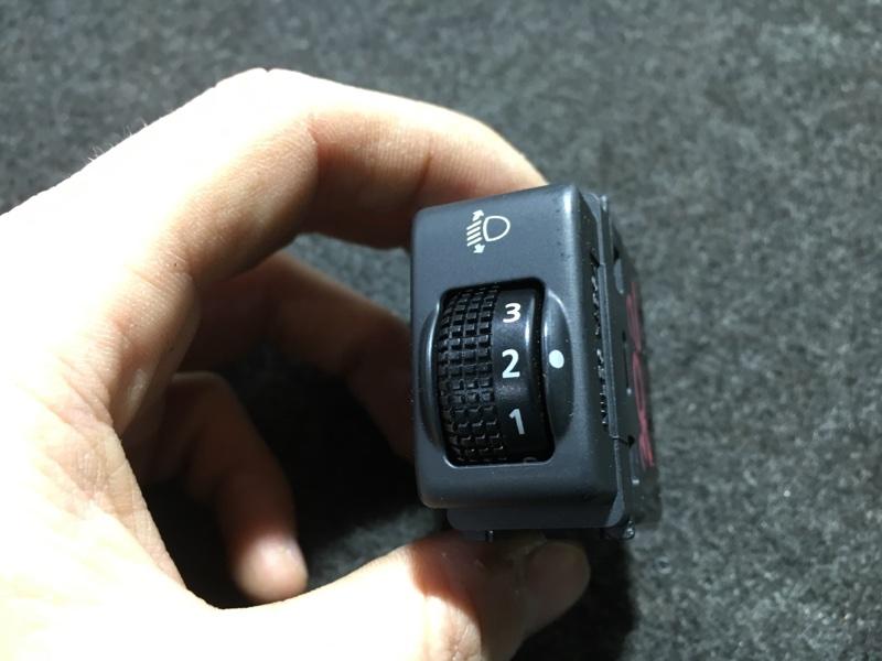 Кнопка регулировки фар Nissan Juke YF15 HR15 2011 (б/у)