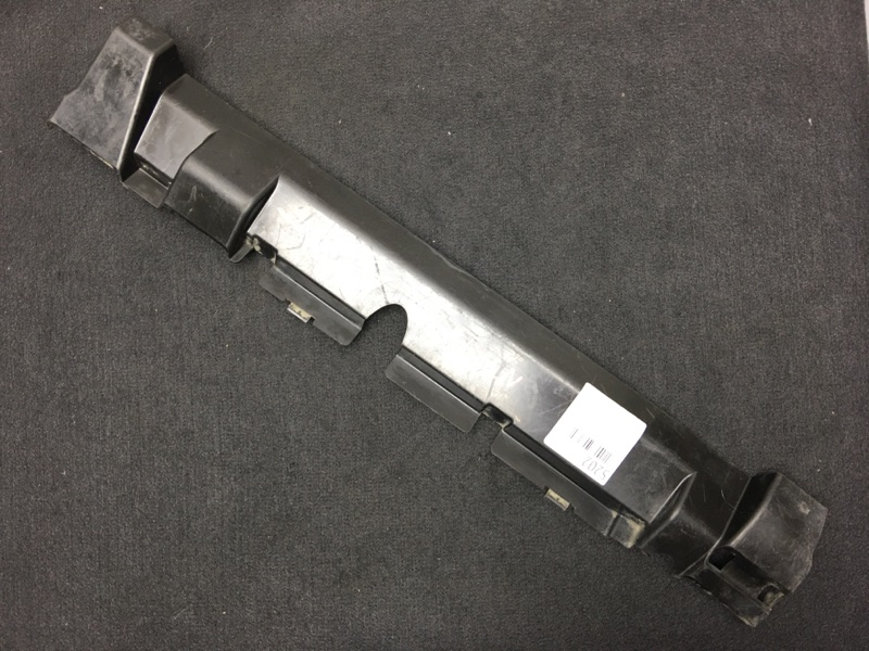 Дефлектор радиатора Nissan X-Trail NT31 MR20 2008 Дефект (см. фото). (б/у)