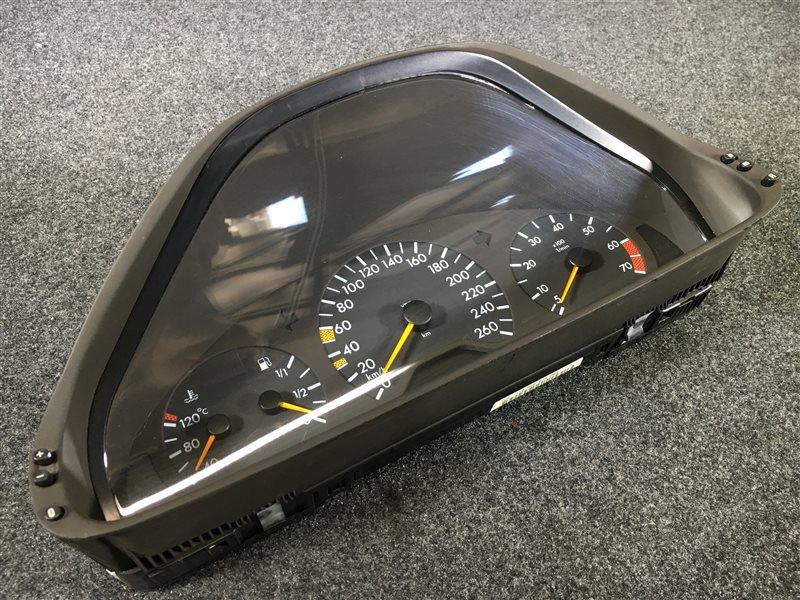 Панель приборов Mercedes-Benz E-Class W210 1998 501951 118 тыс. км. (б/у)