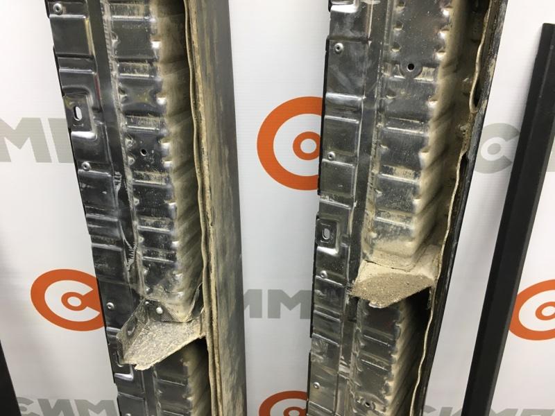Подножка Kia Sorento UM 2018 Комплект оригинальных подножек KIA Sorento Prime UM 2018. Сняты с (б/у)