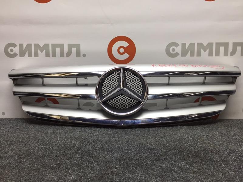 Решетка радиатора Mercedes-Benz B-Class T245 M266 E17 2006 Офис. (б/у)