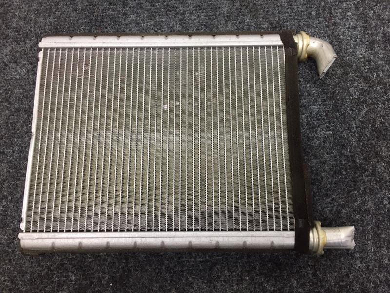Радиатор отопителя Toyota Prius NHW20 1NZ-FXE 2008 (б/у)