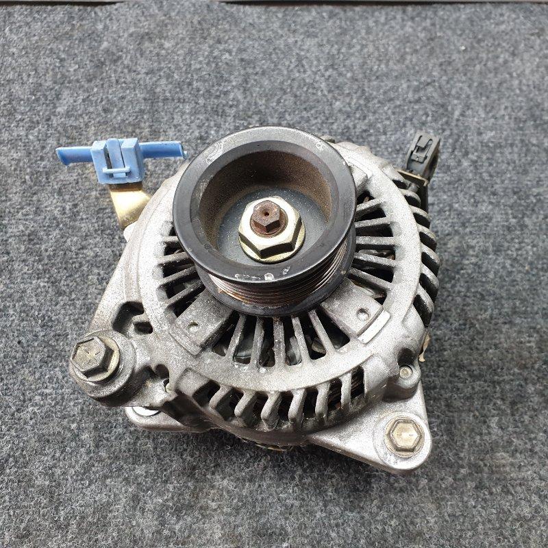 Генератор Toyota Camry ACV30 2AZ 2003 Фишка овальная 3 контакта. 90A (б/у)