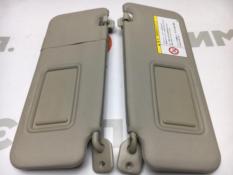 Козырек солнцезащитный Toyota Passo KGC30 1KR 2011 Продаются парой. (б/у)