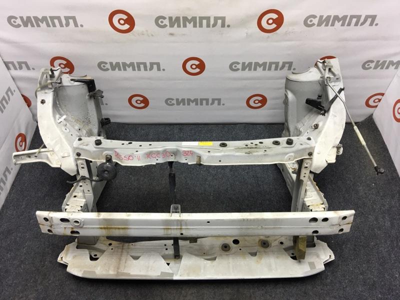 Рамка радиатора Toyota Passo KGC30 1KR 2011 Снят усилитель. (б/у)