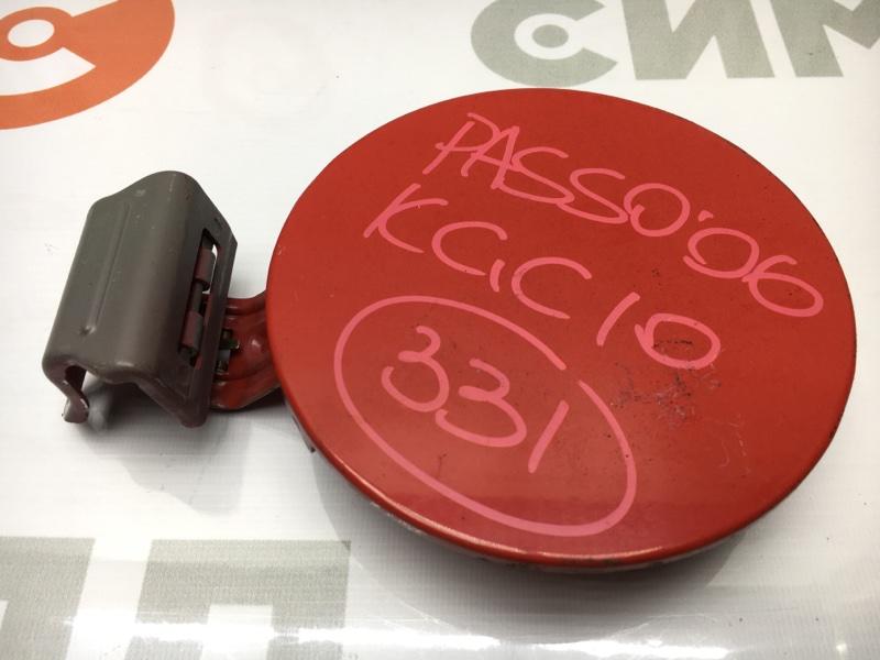 Лючок топливного бака Toyota Passo KGC10 1KR 2006 (б/у)