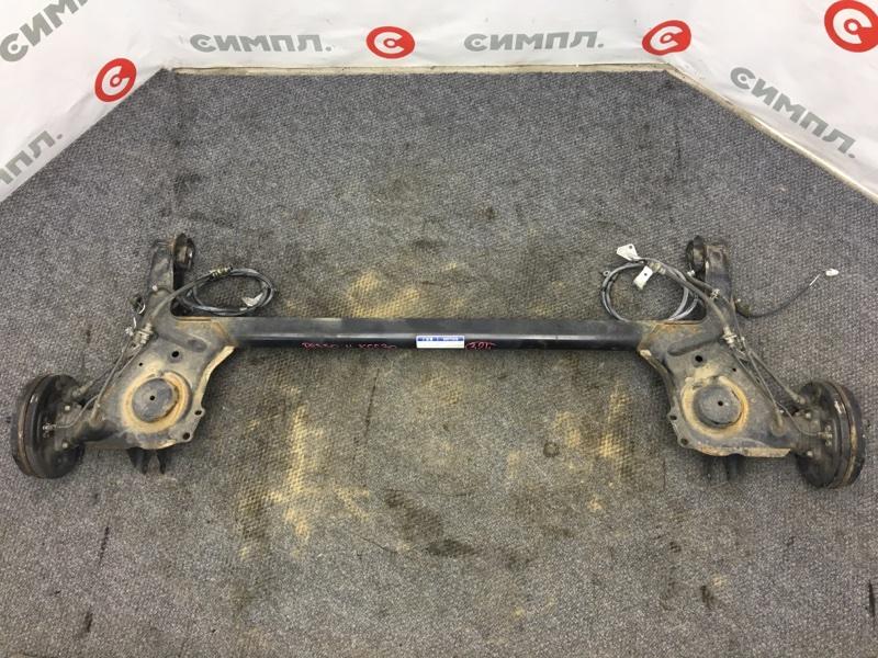 Балка Toyota Passo KGC30 1KR 2011 задняя Сняты полуступицы. (б/у)