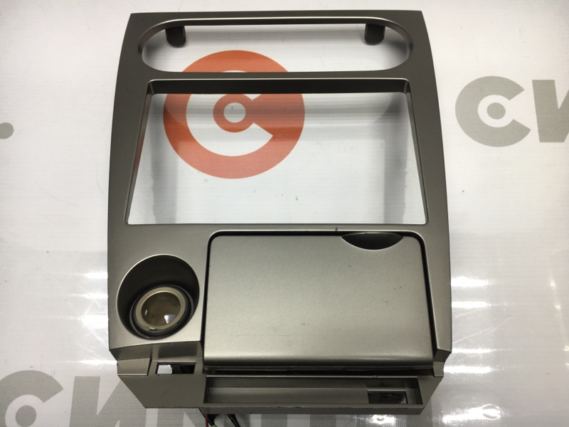 Рамка магнитолы Nissan Wingroad WFY11 QG15 2004 (б/у)