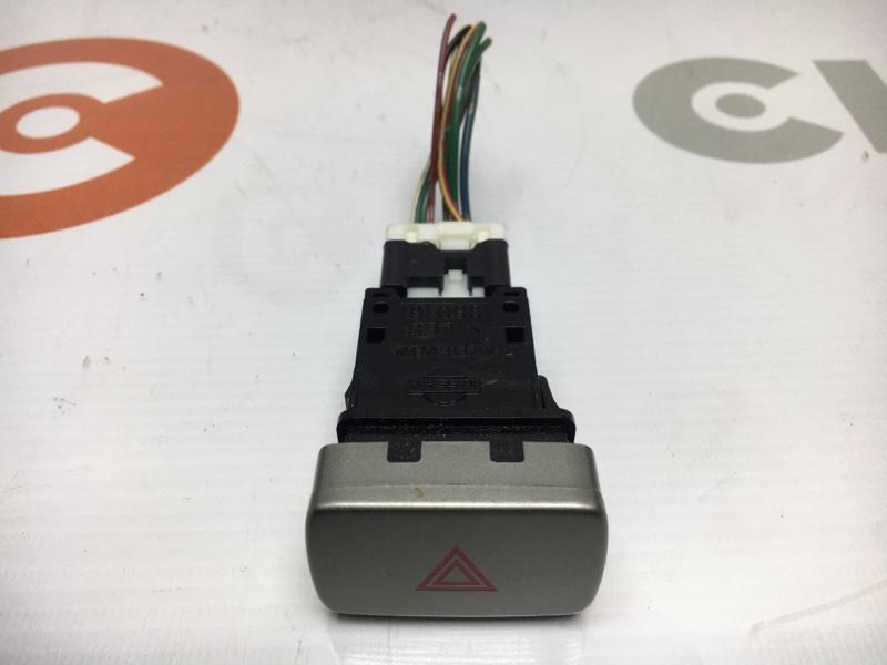 Кнопка включения аварийной сигнализации Nissan Wingroad WFY11 QG15 2004 (б/у)